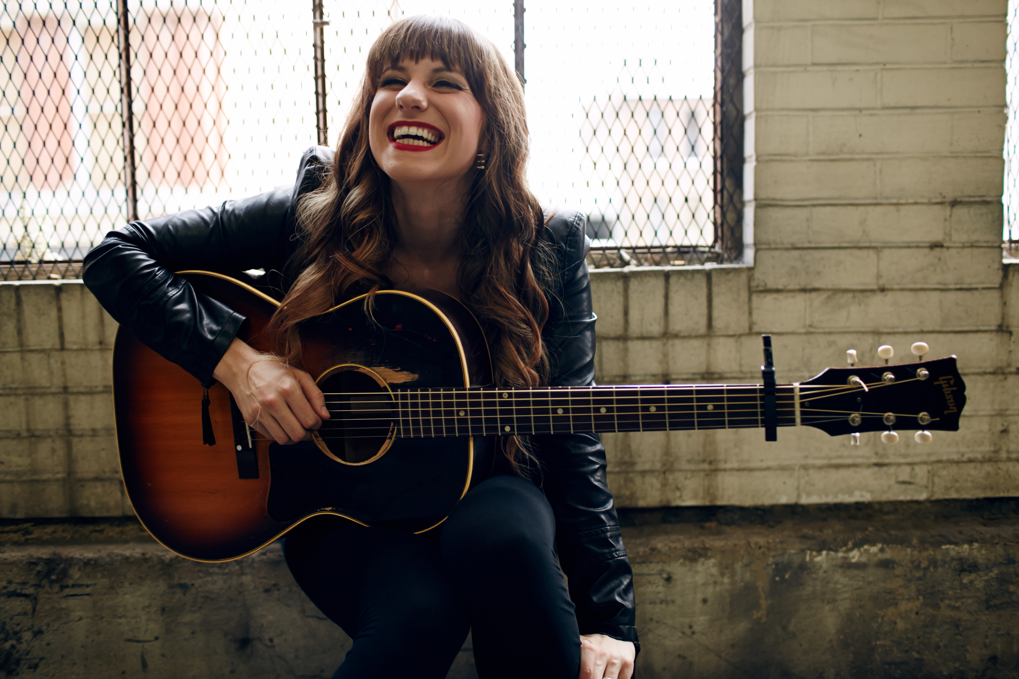 Caitlyn Smith Interview Caitlyn Smith has made a name for herself both a a songwriter and as an artist. Her first big cut was Jason Aldean's It Ain't Easy, which she quickly ...